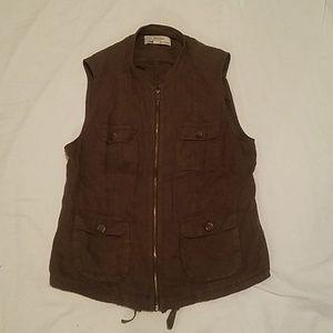Caslon Utility Vest